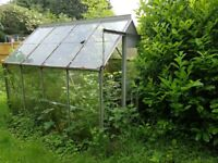 Free Greenhouse (dismantling required)