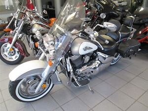 2004 suzuki Intruder 1500 Touring
