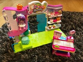 Shopkins Supermarket Play Set with till, accessories and doll included