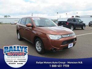 2014 Mitsubishi Outlander ES! AWD! Heated! Alloy! Trade-In! Save