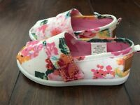 Lovely girls shoes