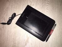 Wacom Bamboo Touch graphics tablet - WITH PEN