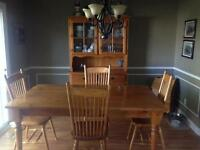 Country pine dinning room set