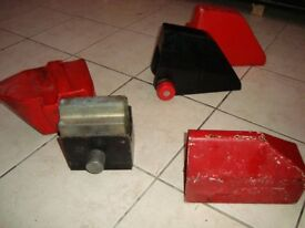 BULLDOG TRAILER CLAMPS. 2 DIFFERENT TYPES. WILL SEPARATE