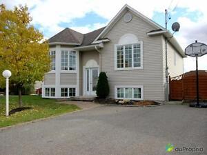232 000$ - Maison à paliers multiples à St-Élie-d'Orford