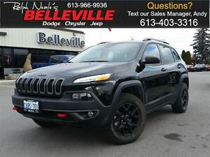2016 Jeep Cherokee Trailhawk-Safety tec Group-