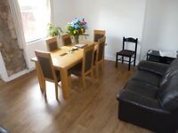 Stunning Double Rooms x 2 Situated on a Quiet Leafy Road in South Norwood