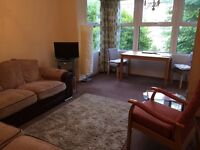 HUGE Bright Beautiful Room minutes to the Sea, Shops, Buses and Hove station.