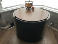 Round storage seated tabl&chairs