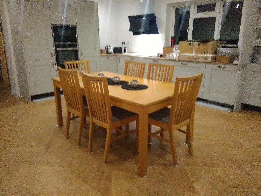 Ikea BJURSTA Oak Veneer Extending Dining Table