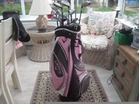 CALLAWAY PINK LADIES GOLF TROLLEY BAG AND COVER WITH CLUBS