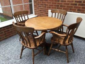 Large Oak Drop Leaf Round Table