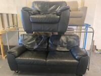 BLACK LEATHER SOFA SET 3+1 SEATER IN GOOD CONDITION