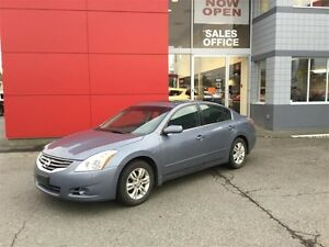 2012 Nissan Altima Sedan 2.5 S CVT Island Car ! No Accidents ! *
