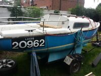 2 birth trailer sailor ( boat trailer and engine )