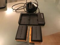Canon 6 D Mark II batteries with charger
