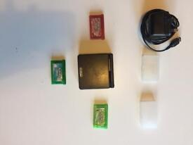 Game Boy & 3 Pokemon Games