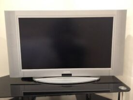 "Crown CTT3207W 32"" LCD Flat Screen Television with Stereo Sound"