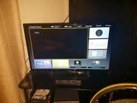 32inch Panasonic smart tv with stand and remote