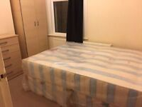 ***AMAZING HUGE NEW DOUBLE ROOM FOR SINGLE USE ***