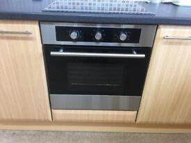 COOKOLOGY BUILT IN ELECTRIC FAN OVEN ONLY USED FOR TWO WEEKS