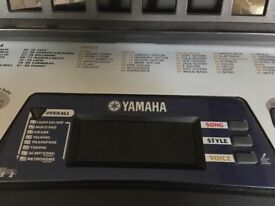 Yamaha keyboard EZ-150 with accessories excellent condition cover stand lots of music books