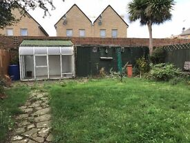 Towney Mead, Northolt, Greater London   £1,200 PCM   To Let