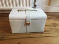 Cream jewellery box