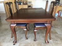 1930s Mahogany Dining Table and 4 chairs, £80 needs renovation