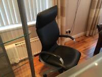 Computer desk/ chair/shelf