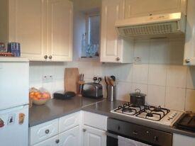 super cheap double room in whitechapel