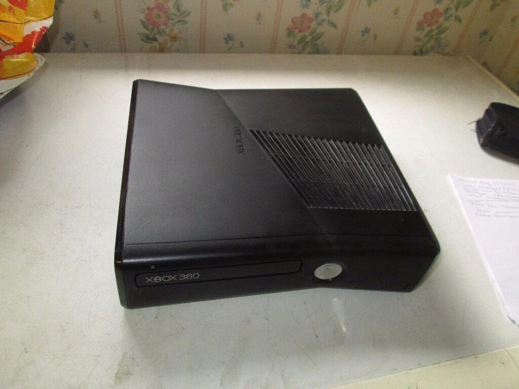 BLACK XBOX 360 S 1439 CONSOLE