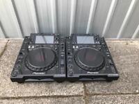 Pioneer CDJ 2000 pair mint