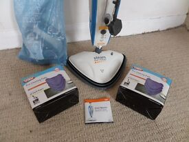 Vax Duet Master Steam Cleaner, complete with accessories + 2 packets cleaner pads