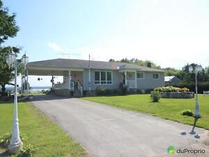 325 000$ - Bungalow à vendre à l'Ile-du-Grand-Calumet