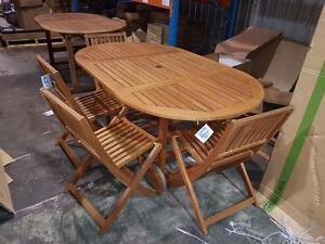Ensemble repas extérieur en eucalyptus ovale de 5 pc  (Sussex) 4 chaises + table