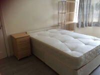 FANTASTIC LARGE DOUBLE ROOMS AVAILABLE FOR RENT HIGH BARNET ** NO DEPOSIT!!!!!!