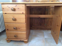 FREE small desk with four drawers - perfect for a homework desk