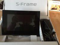 Sony DPF-D70 S-Frame