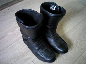 size 9 motorbike boots