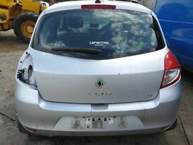 Renault Clio 2012 Silver - For parts only!