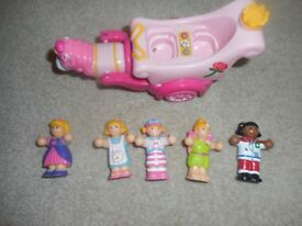 Wow Rosies Royal Ride with 4 additional figures.