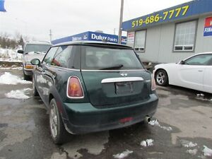 2010 MINI Cooper | LEATHER | ROOF London Ontario image 5