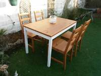 LOVELY SHABBY CHIC DINING / KITCHEN TABLE AND 4 CHAIRS