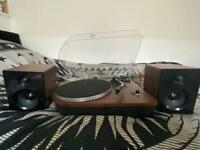 Camden record player