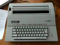 Smith Corona XL1500 electric typewriter