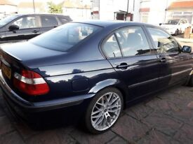 Bmw 3 2.5 alloy wheels,6 cd changer,Bmw business stereo velor interior .