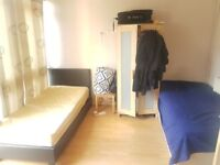 Room Share Avail Now