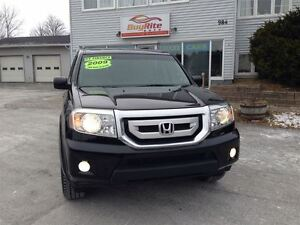 2009 Honda Pilot EX Room for 8 AWD