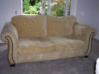 """DHS """"Provence"""" 3-piece suite (sand colour) --- 2x 3-seater, 2-cushion sofa and 1x armchair"""